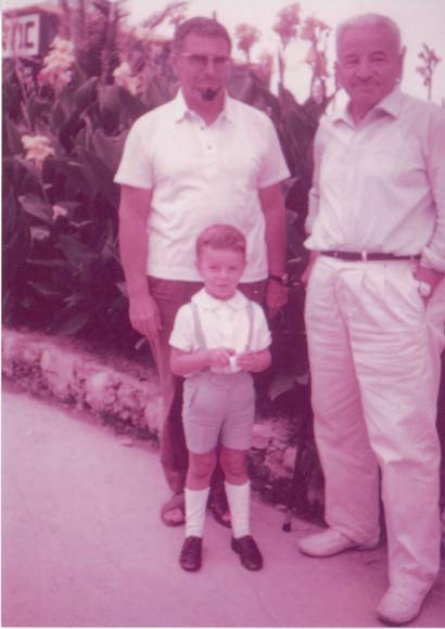 Image: 3 generations Angelo Ravagli, so and grandson